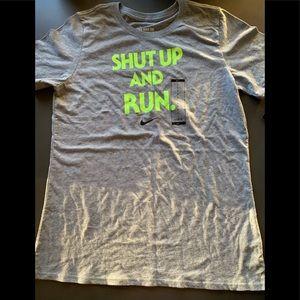 NWT NIKE WOMENS T-SHIRT SHUT UP & RUN GRAY LARGE
